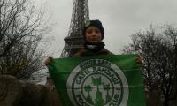 Filippetto-sotto-la-Torre-Eiffel---Dicembre-2014.jpg